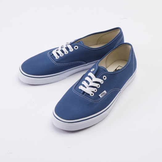 vans-classic-authentic-canvas-navy1.jpg